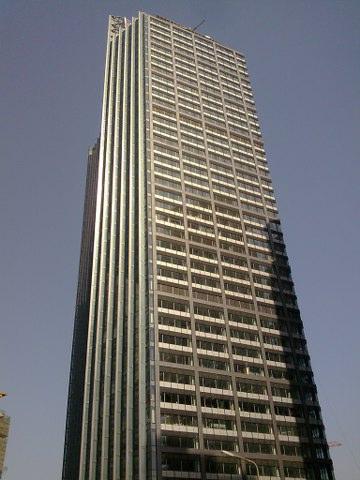 陆家嘴金融区,东亚银行大厦商务中心,多套房型面积低价出租,拎包入住